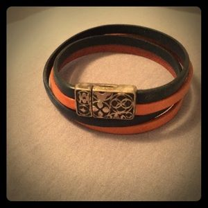 Jewelry - Leather bracelet with sterling silver clasp